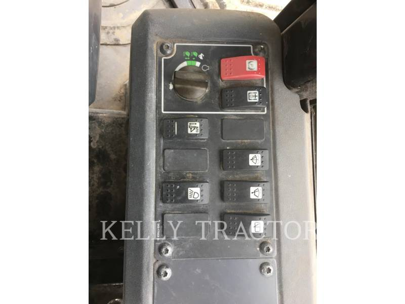 CATERPILLAR KETTENDOZER D3K2LGP equipment  photo 17