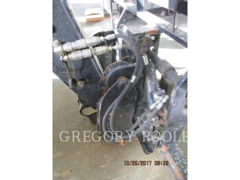 CATERPILLAR TELEHANDLER TL1055C equipment  photo 12
