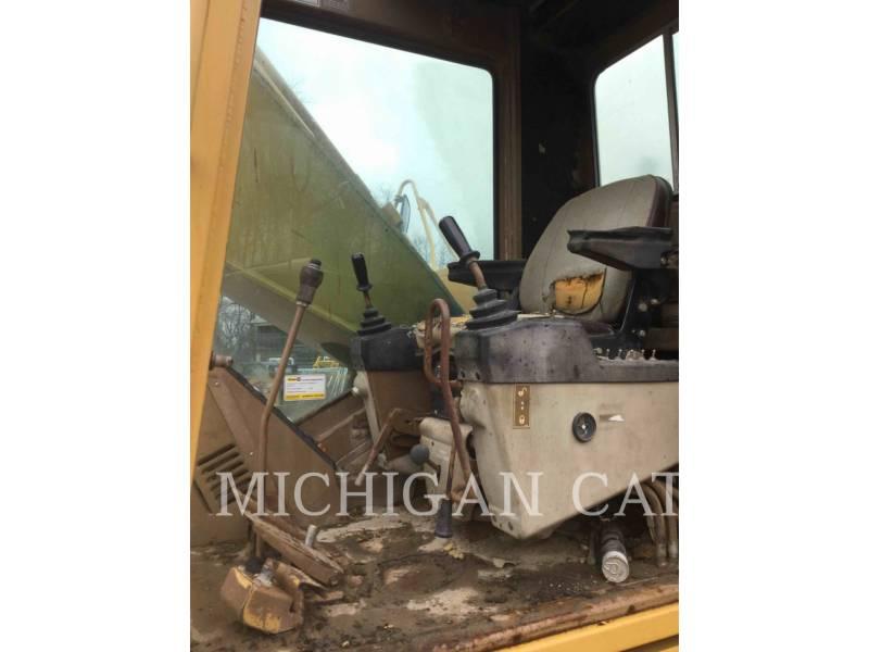 CATERPILLAR TRACK EXCAVATORS 231D equipment  photo 5
