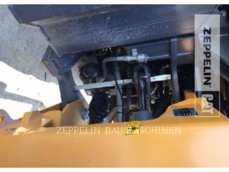 LIEBHERR PALE GOMMATE/PALE GOMMATE MULTIUSO L580 equipment  photo 15