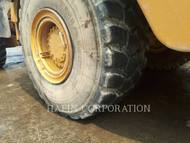 CATERPILLAR ARTICULATED TRUCKS 735 equipment  photo 9