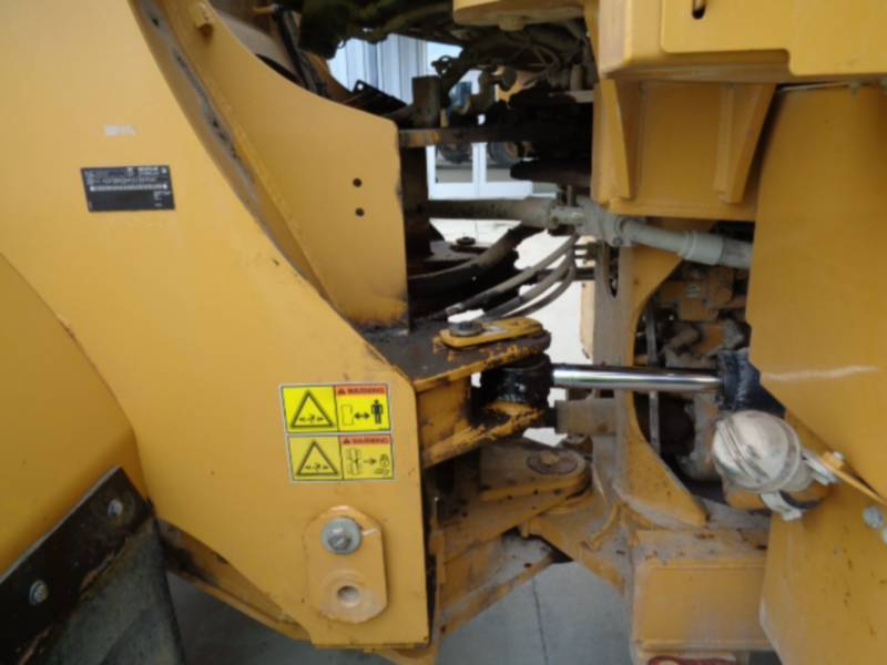 CATERPILLAR CARGADORES DE RUEDAS 962K equipment  photo 17