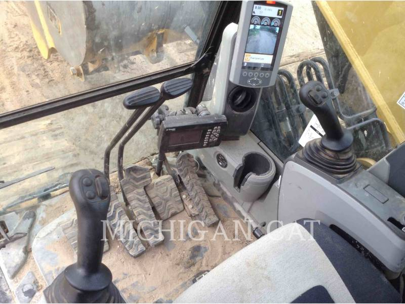 CATERPILLAR TRACK EXCAVATORS 324EL P equipment  photo 7