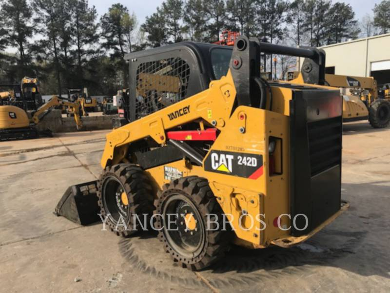 CATERPILLAR SKID STEER LOADERS 242D PDC equipment  photo 5
