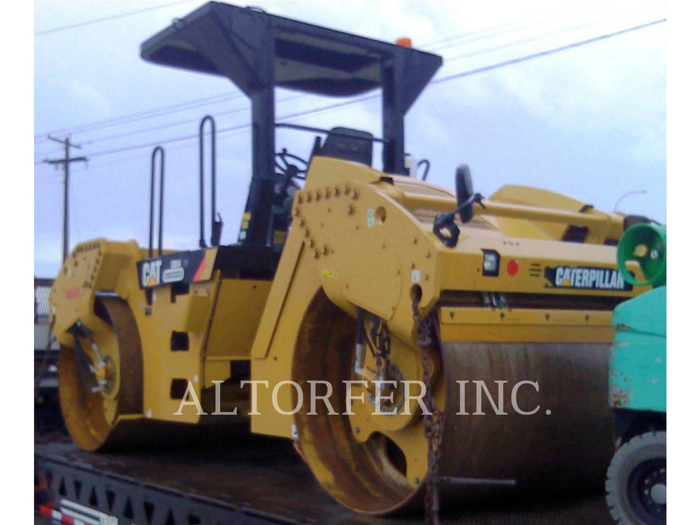 Detail photo of 2015 Caterpillar CB54 from Construction Equipment Guide