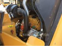 CATERPILLAR TRILLENDE DUBBELE TROMMELASFALTEERMACHINE CB64 equipment  photo 24