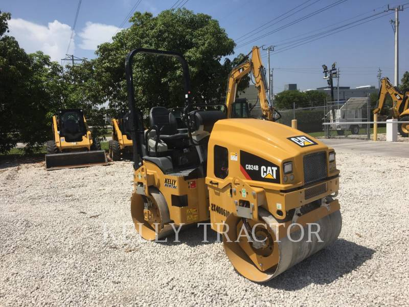 CATERPILLAR VIBRATORY DOUBLE DRUM ASPHALT CB24B equipment  photo 7