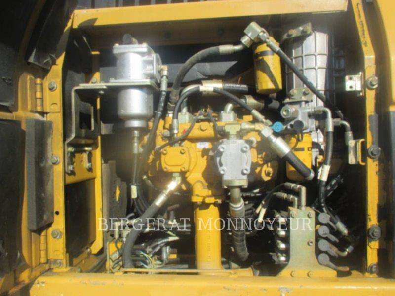 CATERPILLAR KETTEN-HYDRAULIKBAGGER 323D equipment  photo 19