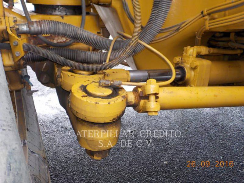 CATERPILLAR TOMBEREAUX DE CHANTIER 785C equipment  photo 18
