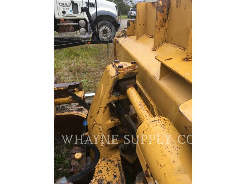 CATERPILLAR TRACK TYPE TRACTORS D6NXL equipment  photo 10