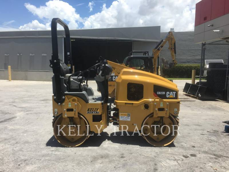 CATERPILLAR TAMBOR DOBLE VIBRATORIO ASFALTO CB 22 B equipment  photo 6