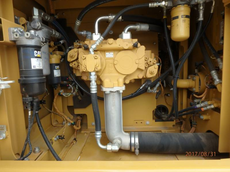 CATERPILLAR TRACK EXCAVATORS 323FL equipment  photo 12