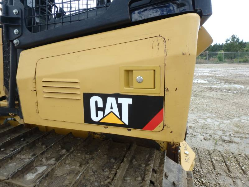 CATERPILLAR TRACK TYPE TRACTORS D5K2XL equipment  photo 17