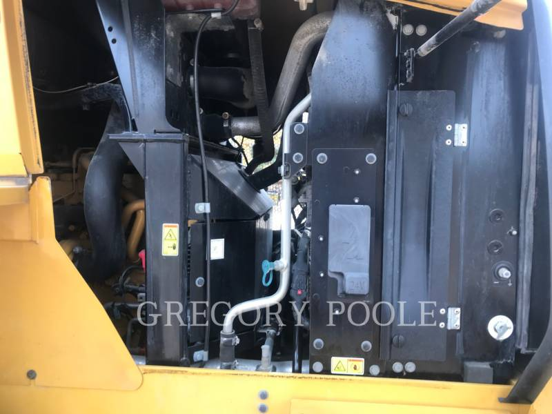 CATERPILLAR PALE GOMMATE/PALE GOMMATE MULTIUSO 930K equipment  photo 18