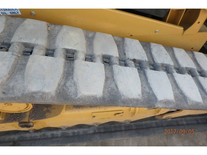 CATERPILLAR CHARGEURS TOUT TERRAIN 289D equipment  photo 12