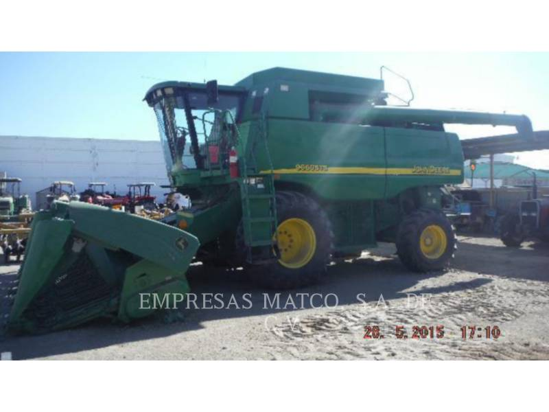 JOHN DEERE COMBINES 9660 STS equipment  photo 1