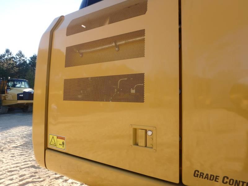 CATERPILLAR TRACK EXCAVATORS 323FL equipment  photo 20