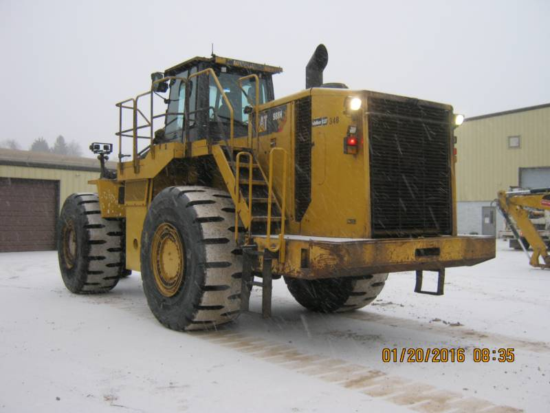 CATERPILLAR CHARGEURS SUR PNEUS MINES 988H equipment  photo 1