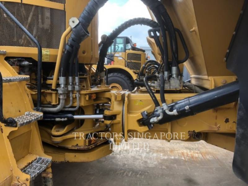 CATERPILLAR WOZIDŁA PRZEGUBOWE 740B equipment  photo 5