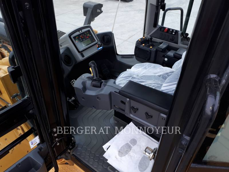 CATERPILLAR CARGADORES DE RUEDAS 972M XE equipment  photo 9