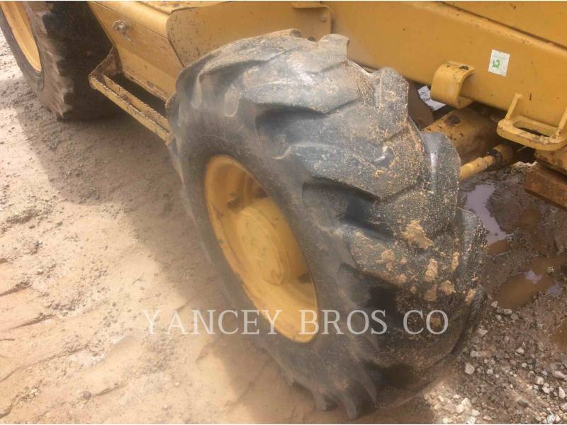 CATERPILLAR SKID STEER LOADERS 416D equipment  photo 7
