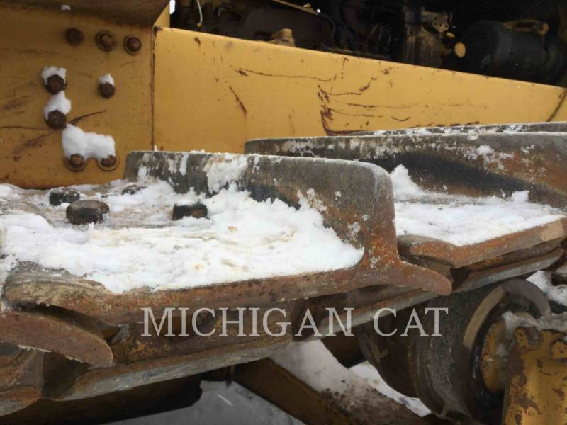 CATERPILLAR KETTENDOZER D6C equipment  photo 21