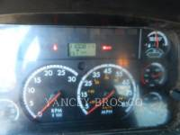 FREIGHTLINER CAMIONS ROUTIERS M2106 equipment  photo 2
