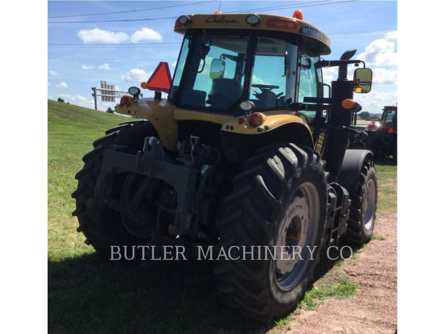 Detail photo of 2013 Challenger MT565D from Construction Equipment Guide