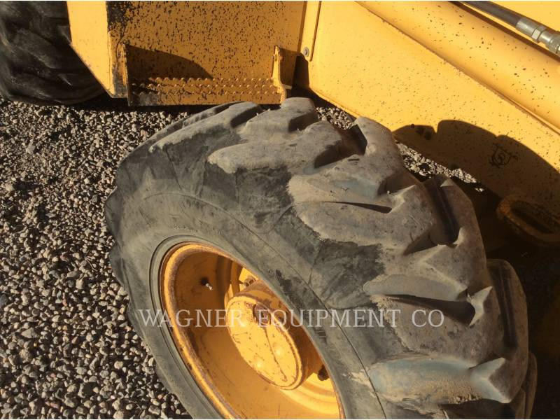 JOHN DEERE CHARGEUSES-PELLETEUSES 410E 4WD equipment  photo 8