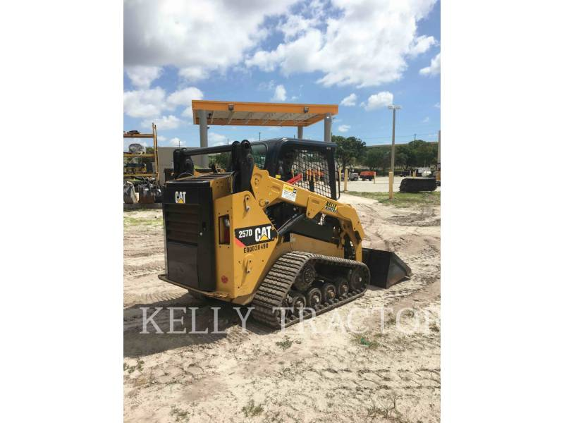 CATERPILLAR CHARGEURS TOUT TERRAIN 257D equipment  photo 6