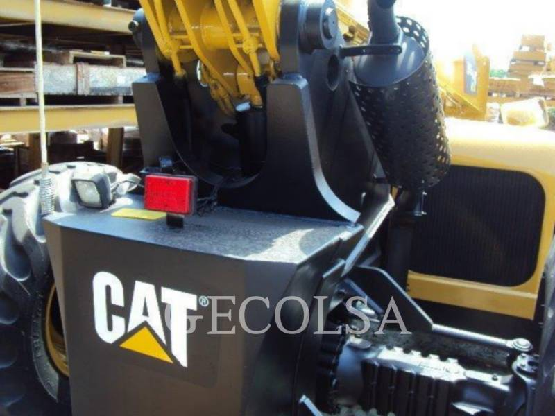 CATERPILLAR TELEHANDLER TL943 equipment  photo 13
