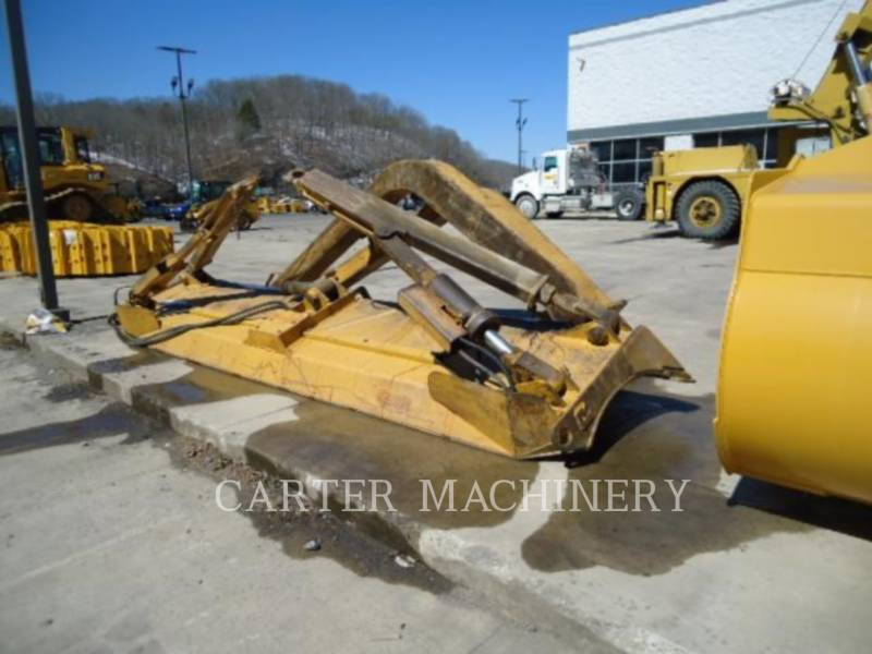 CATERPILLAR TRACK TYPE TRACTORS D6TLGP WN equipment  photo 7