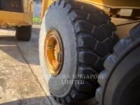 CATERPILLAR KNICKGELENKTE MULDENKIPPER 740B equipment  photo 9