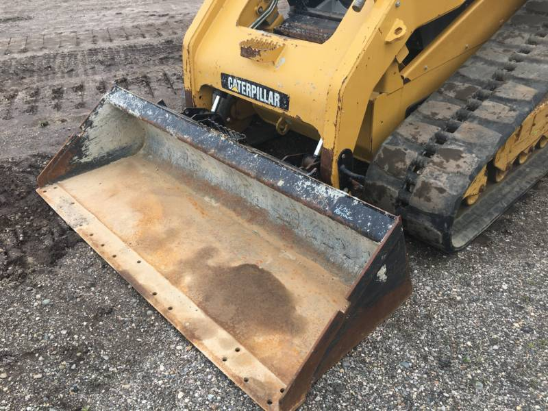 CATERPILLAR CARGADORES MULTITERRENO 279C equipment  photo 17