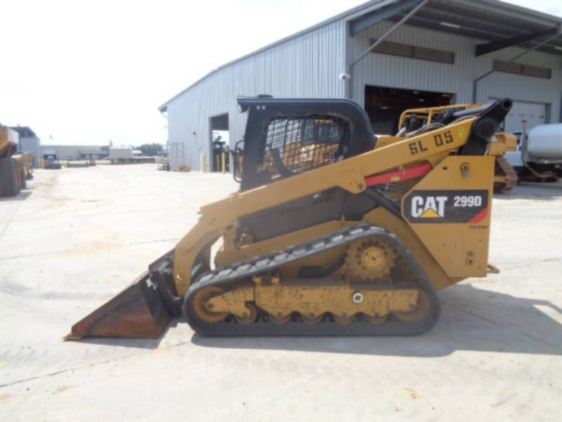 CATERPILLAR CHARGEURS TOUT TERRAIN 299D equipment  photo 24