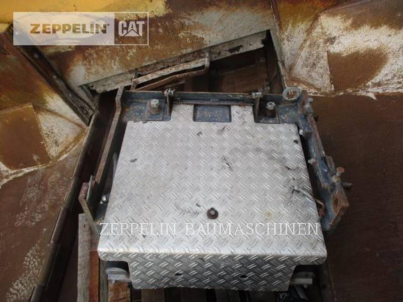 DYNAPAC ROZŚCIELACZE DO ASFALTU F182CS equipment  photo 13