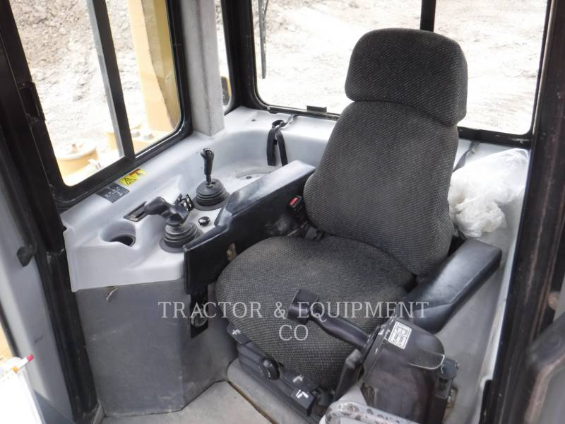 CATERPILLAR TRACTORES DE CADENAS D6R equipment  photo 11