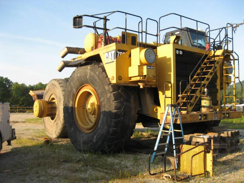 CATERPILLAR MINING OFF HIGHWAY TRUCK 789C equipment  photo 8