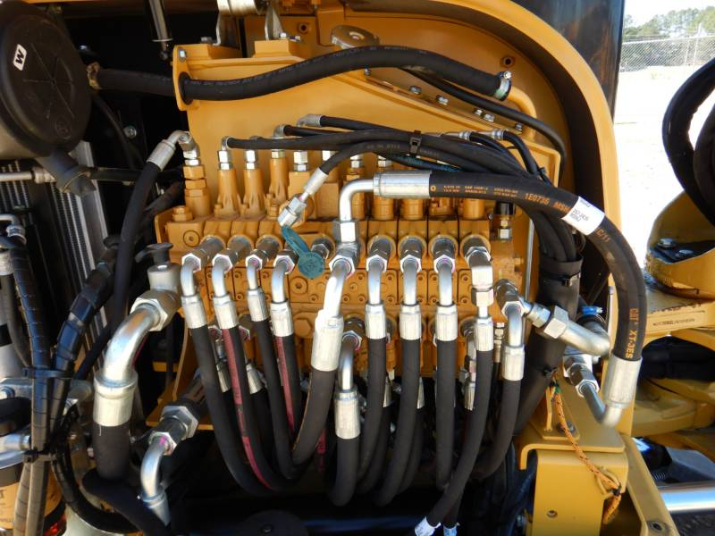 CATERPILLAR TRACK EXCAVATORS 305.5ECR equipment  photo 19