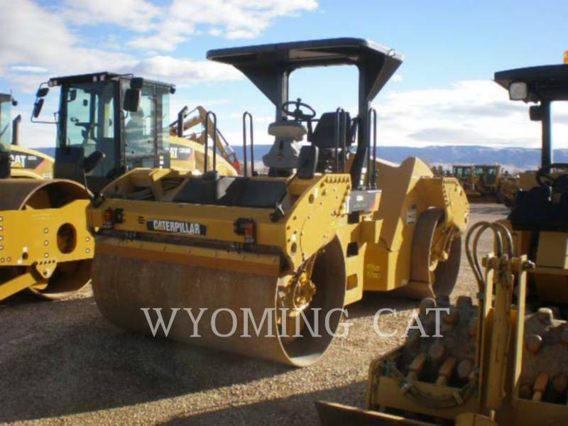 CATERPILLAR COMPATTATORE PER ASFALTO A DOPPIO TAMBURO VIBRANTE CB64 equipment  photo 5