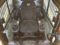 CATERPILLAR CHARGEURS COMPACTS RIGIDES 242D equipment  photo 20