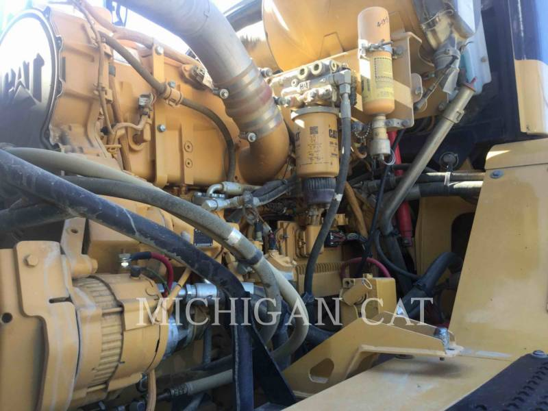 Caterpillar CAMIOANE ARTICULATE 740 T equipment  photo 9