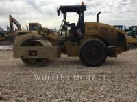 CATERPILLAR VIBRATORY SINGLE DRUM ASPHALT CS54B C110 equipment  photo 5