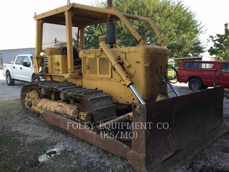 CATERPILLAR TRACTEURS SUR CHAINES D5 equipment  photo 2