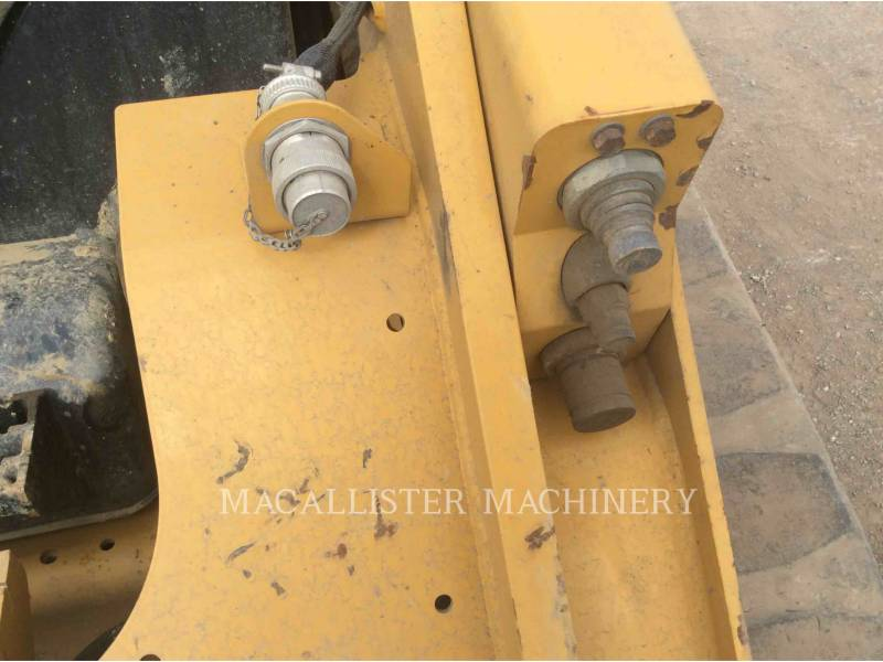 CATERPILLAR MULTI TERRAIN LOADERS 299D equipment  photo 11