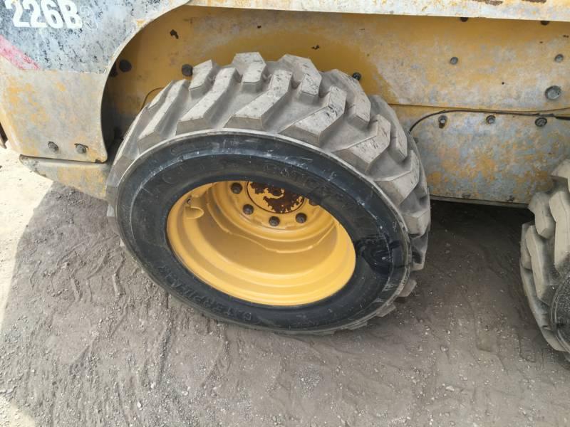 Caterpillar MINIÎNCĂRCĂTOARE RIGIDE MULTIFUNCŢIONALE 226B3 equipment  photo 10