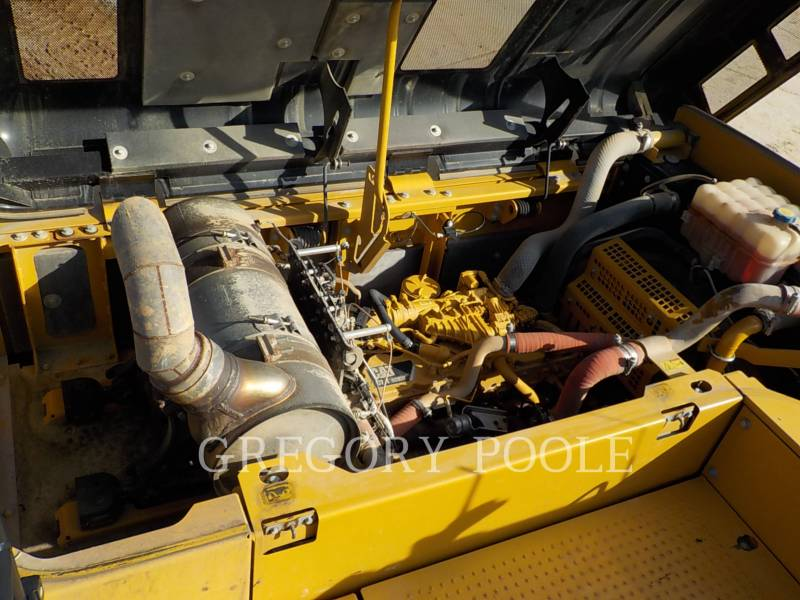 CATERPILLAR トラック油圧ショベル 329EL equipment  photo 17