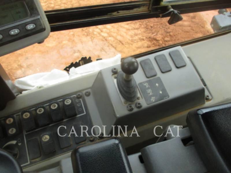 CATERPILLAR 履带式推土机 D6KLGP equipment  photo 18