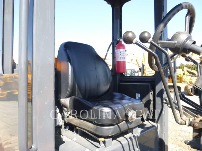 LEE-BOY NIVELEUSES 685C equipment  photo 7