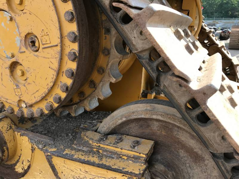 CATERPILLAR TRACK TYPE TRACTORS D6TXL equipment  photo 14